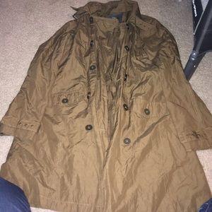 A very nice coat/rain